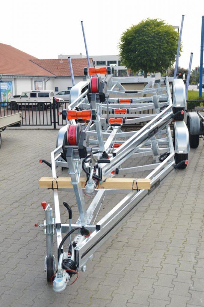 Tolle Elektrische Anschlüsse Für Bootstrailer Zeitgenössisch ...