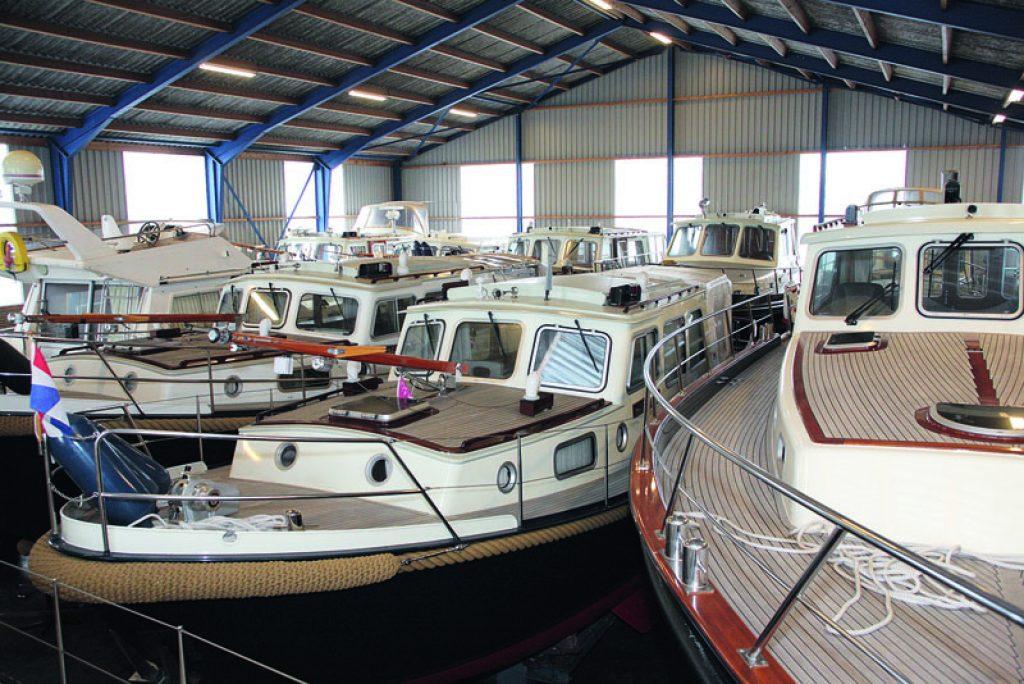 p-valk-yachts-bild-4-halle-winterlager