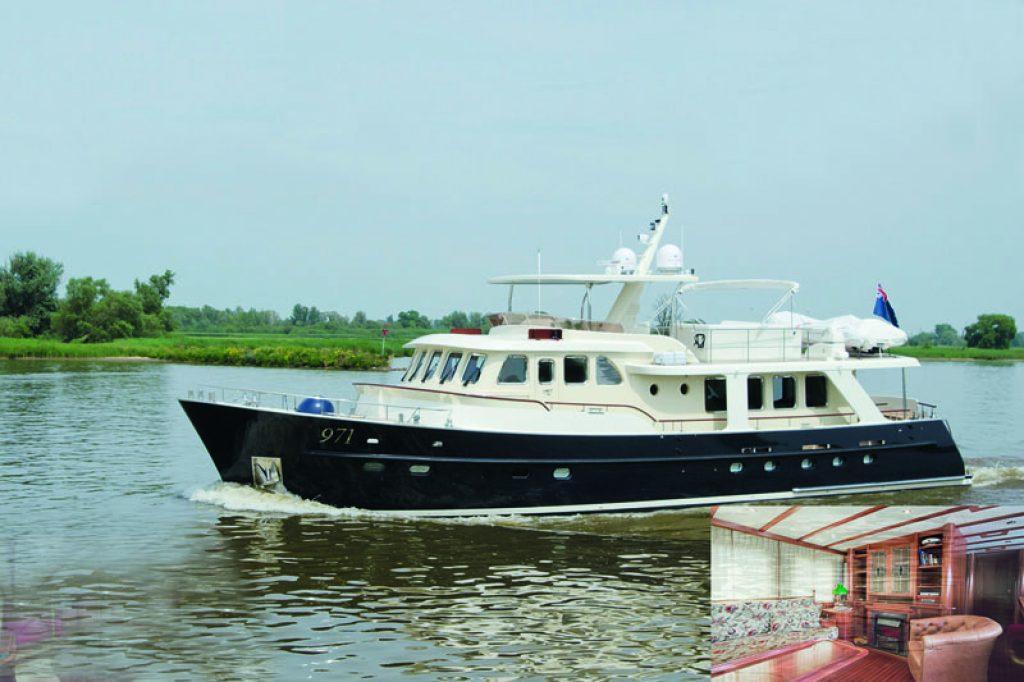 De Alm 2 Motoryacht Delfino70