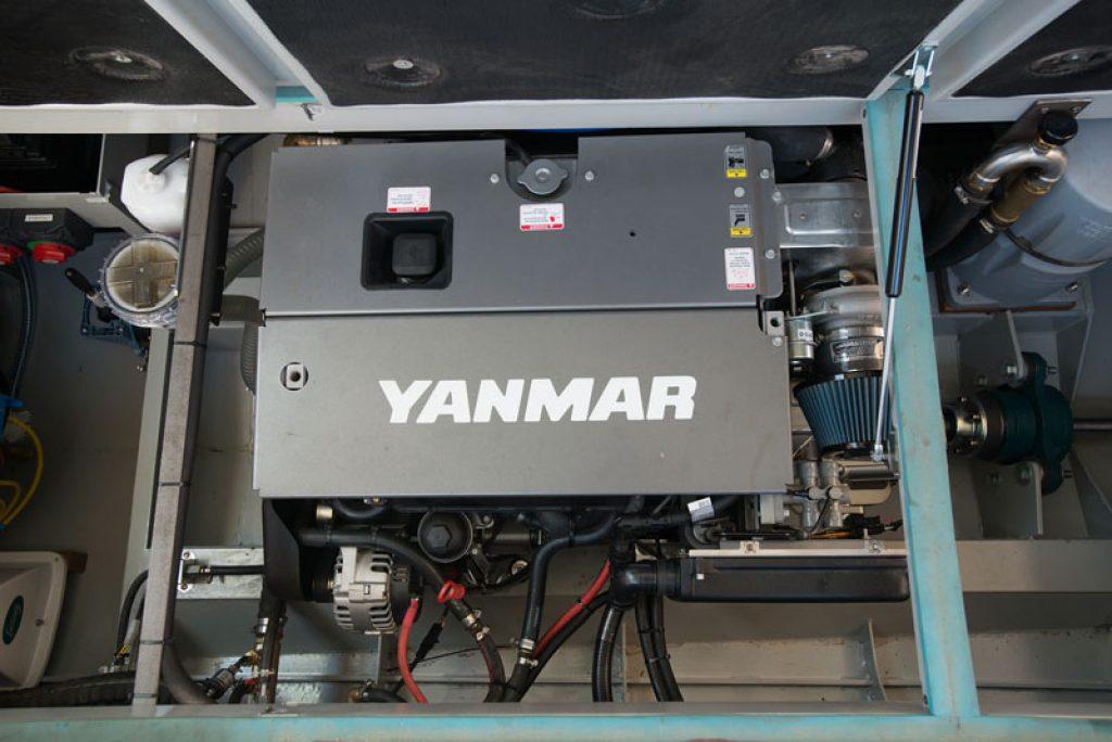 BEGE 8 Maschinenraum mit Yanmar-Diesel
